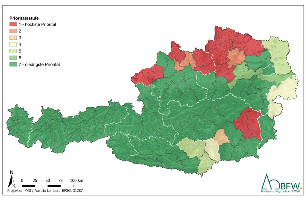 Bild 3: BFW – Prioritätsstufe für Restaurationsmaßnamen, beurteilt für das Ökosystem Wald auf Ebene der Bezirksforstinspektionen